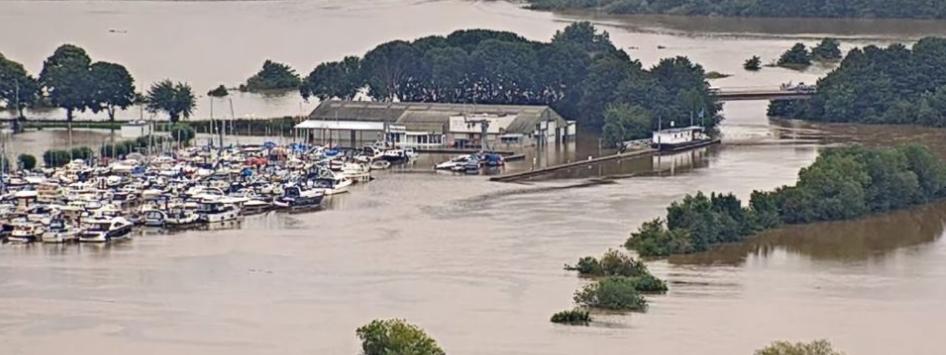 Watersnood in Limburg 16-7-2021 Maas bij Roermond