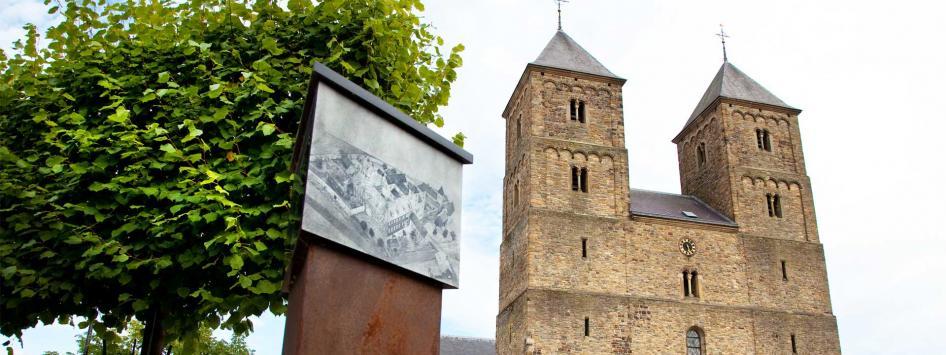 Caroussel kerk Echt