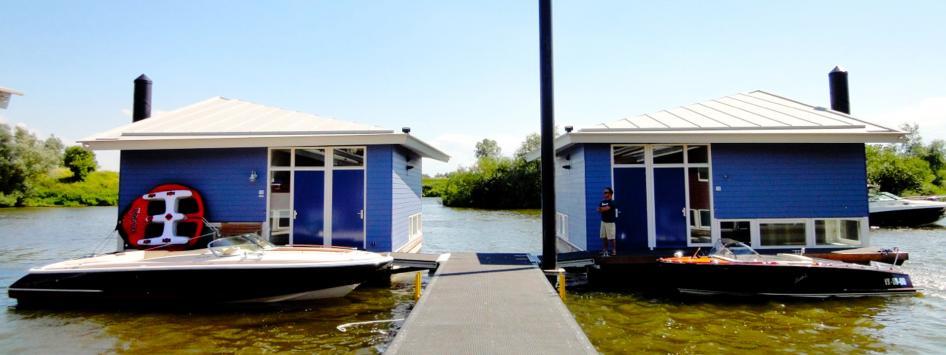 vakantiehuisjes woonboten op het water